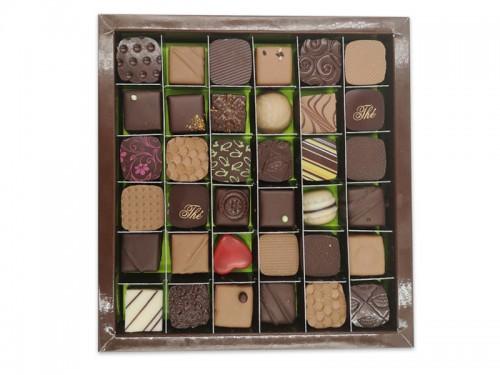 Coffret 340g de chocolats - confiserieriol.com